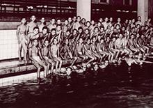 日本最初の室内温水プール